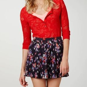 American Eagle pleated floral skirt